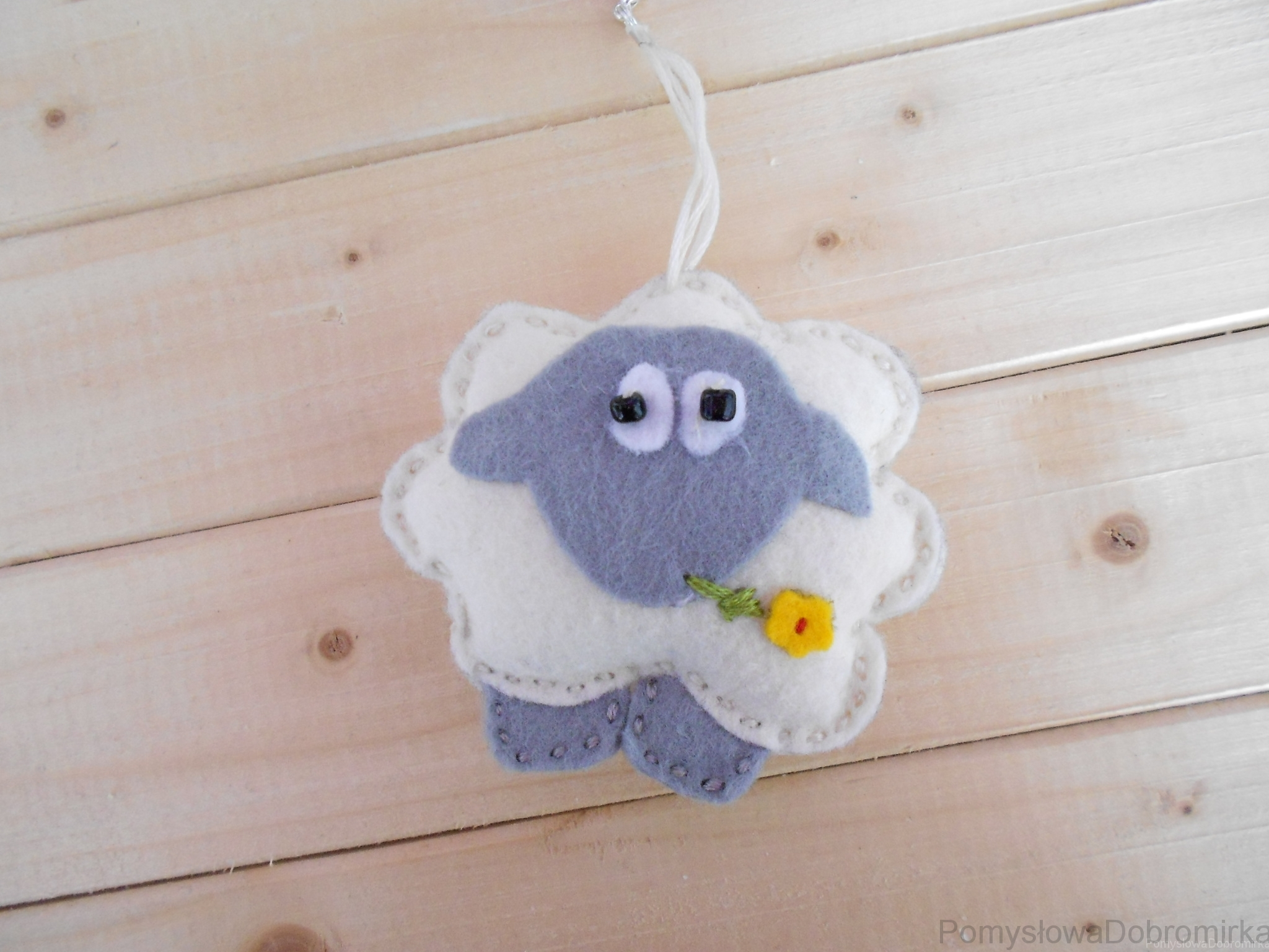 Filcowa owieczka