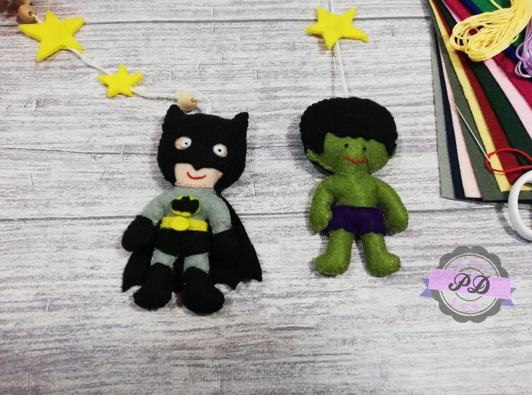 Karuzela dziecięca z superbohaterami