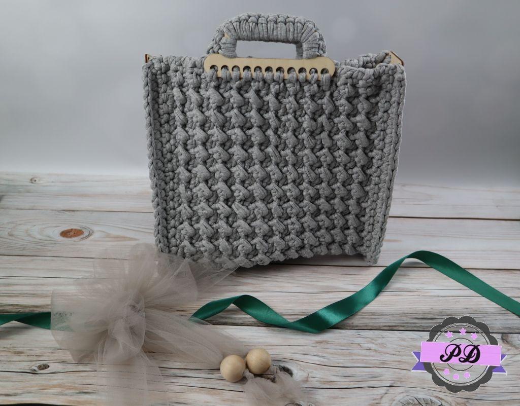 Szydełkowa torebka
