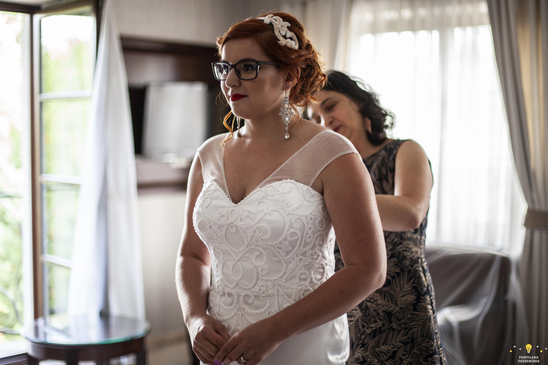 Szydełkowa suknia ślubna