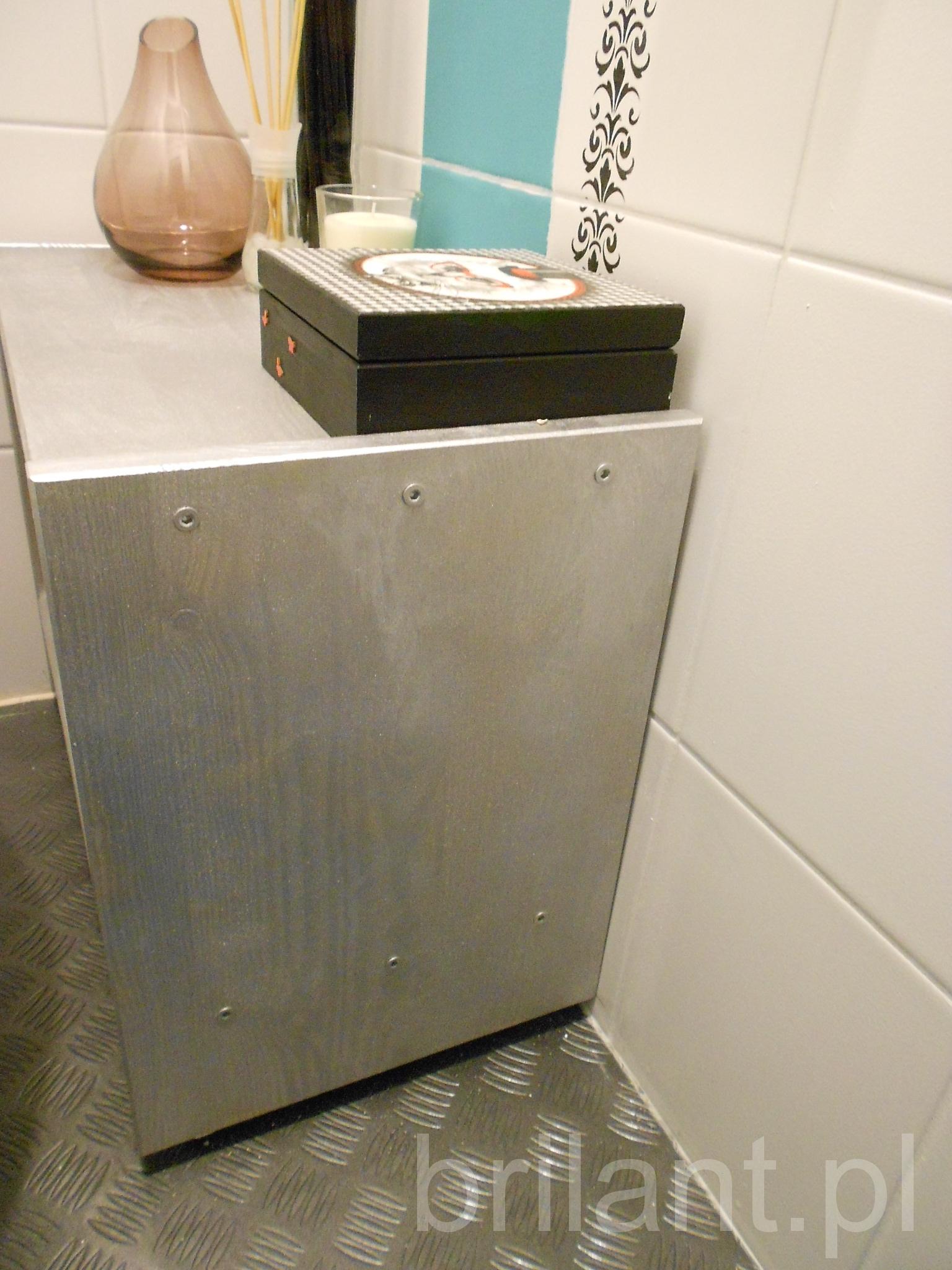 Półka do łazienki