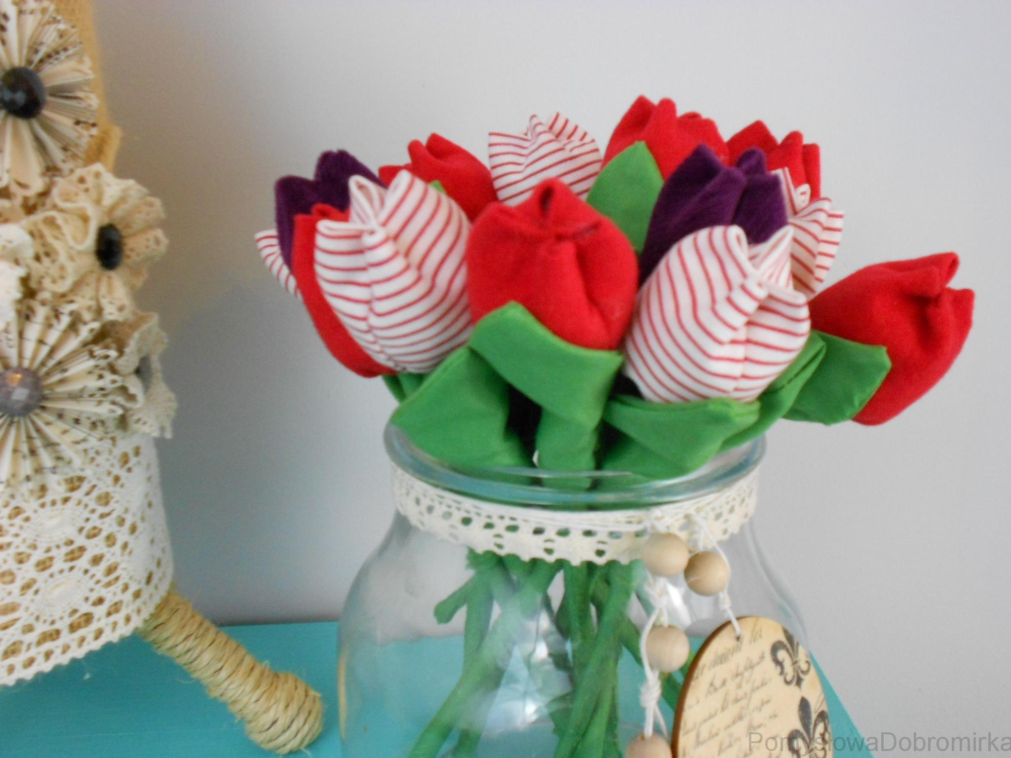 Materiałowe tulipanki