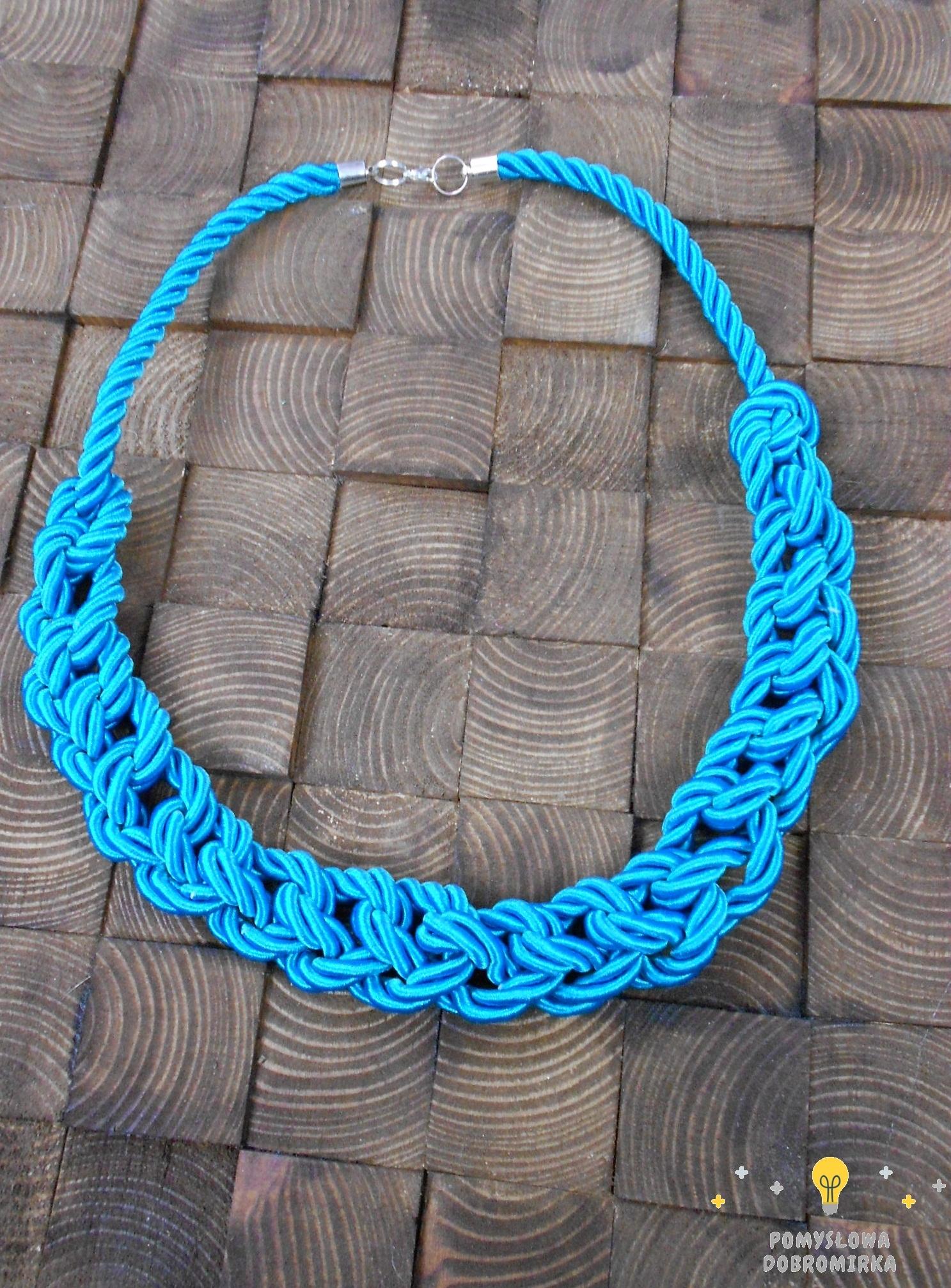Turkusowy naszyjnik ze sznura marynarskiego