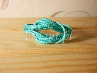 Bransoletka ze sznurków
