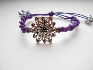 Fioletowa sznurkowa bransoletka z kwiatem