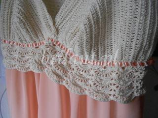 Sukienka szydełkowa