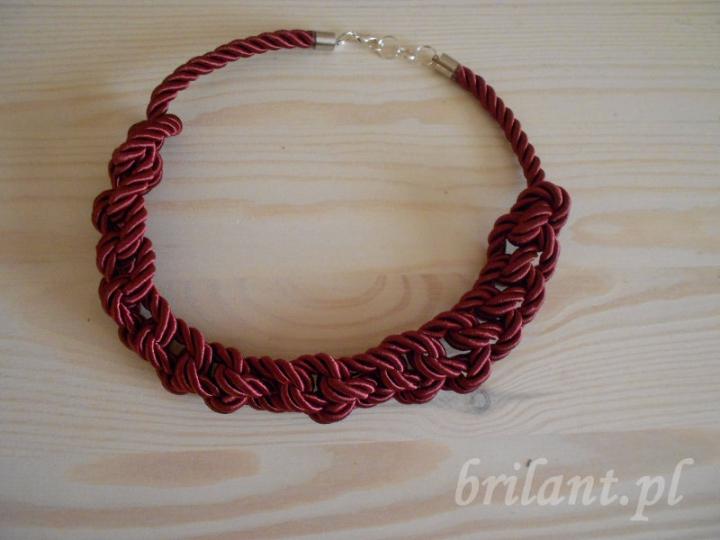 Naszyjnik ze sznurka marynarskiego